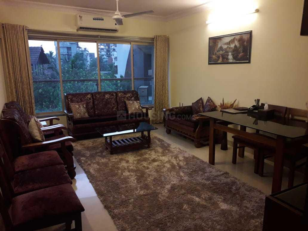 Living Room Image of 800 Sq.ft 2 BHK Apartment for rent in Bandra West for 110000