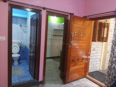 Gallery Cover Image of 246 Sq.ft 1 BHK Independent Floor for rent in Chamrajpet for 9000