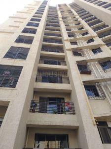 Gallery Cover Image of 680 Sq.ft 2 BHK Apartment for buy in Kasarvadavali, Thane West for 8800000