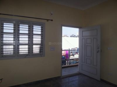 Gallery Cover Image of 600 Sq.ft 1 BHK Apartment for rent in Kalena Agrahara for 8000