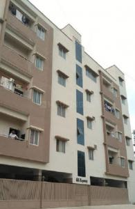 Gallery Cover Image of 1400 Sq.ft 3 BHK Apartment for rent in Singasandra for 21000