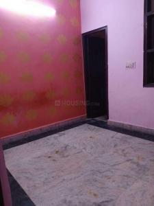 Gallery Cover Image of 540 Sq.ft 2 BHK Independent Floor for rent in Dwarka Mor for 9000