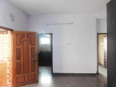 Gallery Cover Image of 850 Sq.ft 2 BHK Apartment for buy in Madhavaram for 3600000