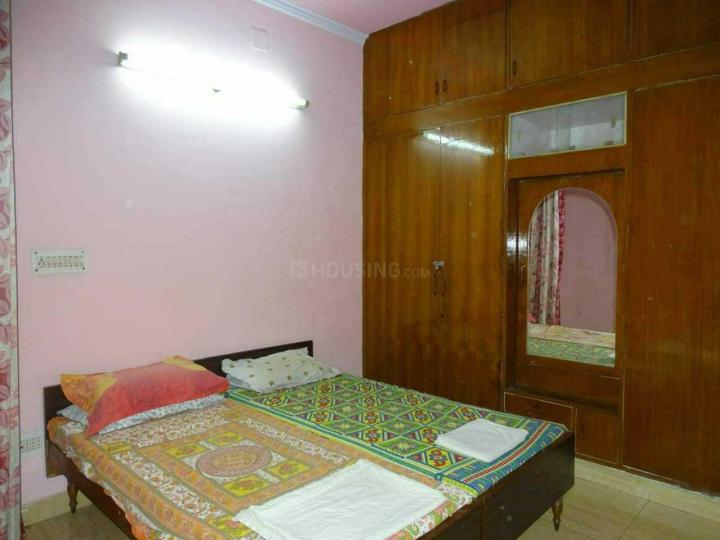 Bedroom Image of Radhika Girls PG in Lajpat Nagar