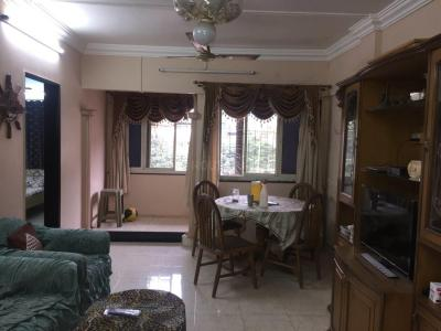 Gallery Cover Image of 1500 Sq.ft 3 BHK Apartment for rent in Santacruz East for 70000