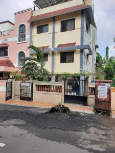 Gallery Cover Image of 900 Sq.ft 2 BHK Independent Floor for rent in Bhosari for 14000