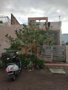 Gallery Cover Image of 800 Sq.ft 2 BHK Independent House for buy in Bhandariya for 2400000