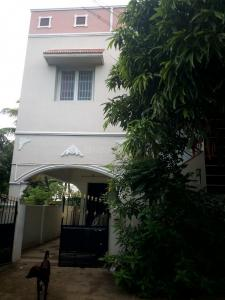 Gallery Cover Image of 1200 Sq.ft 3 BHK Independent House for buy in Irugur for 5500000