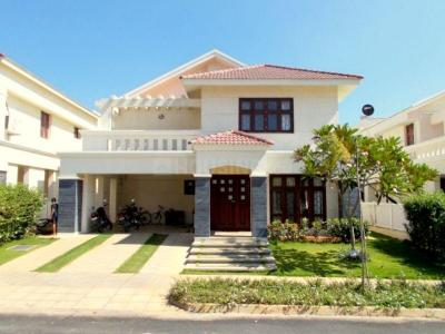 Gallery Cover Image of 7850 Sq.ft 5 BHK Villa for rent in Nambiar Bellezea, Bommasandra for 85000