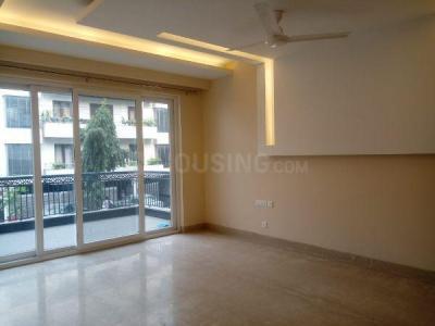 Gallery Cover Image of 1800 Sq.ft 3 BHK Apartment for rent in DDA Flats Vasant Kunj, Vasant Kunj for 58000