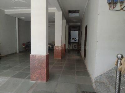Parking Area Image of Mayank PG in Sector 38