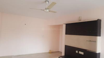Gallery Cover Image of 1150 Sq.ft 2 BHK Apartment for buy in Aban Humming Bees, Somasundarapalya for 4000000