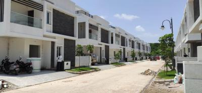 Gallery Cover Image of 2007 Sq.ft 3 BHK Villa for buy in Srinidhi Hill Park, Bachupally for 19066500