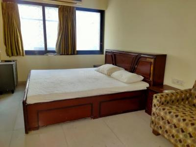 Gallery Cover Image of 1150 Sq.ft 2 BHK Apartment for rent in Rajlaxmi, Dadar West for 60000