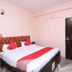 Gallery Cover Image of 1200 Sq.ft 10.5 BHK Independent House for rent in Mahipalpur for 125000