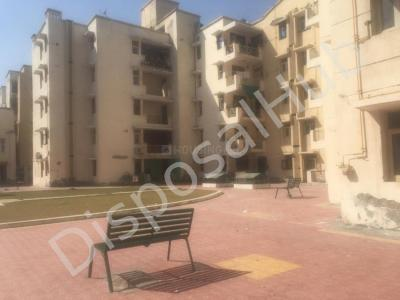 Gallery Cover Image of 1329 Sq.ft 3 BHK Apartment for buy in Phi III Greater Noida for 3900000