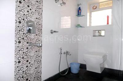 Bathroom Image of Ishwar Nagar Chsl in Bhandup West