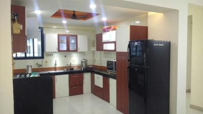Gallery Cover Image of 1250 Sq.ft 2 BHK Apartment for rent in Wakad for 22900