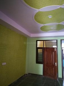 Gallery Cover Image of 1000 Sq.ft 3 BHK Independent Floor for buy in Govindpuram for 1799000