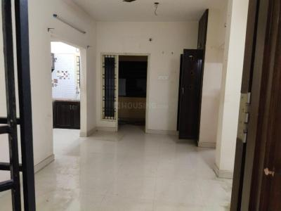 Gallery Cover Image of 745 Sq.ft 2 BHK Apartment for rent in Madhanandapuram for 10500