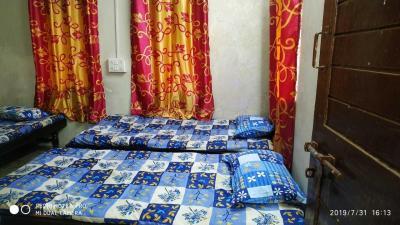 Bedroom Image of Sheri Chavda PG in Bodakdev