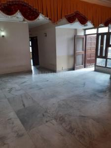 Gallery Cover Image of 1700 Sq.ft 3 BHK Apartment for rent in CGHS Royal Residency, Sector 9 Dwarka for 38000