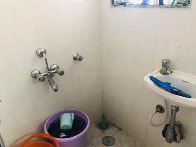 Bathroom Image of PG 4035774 Malad East in Malad East