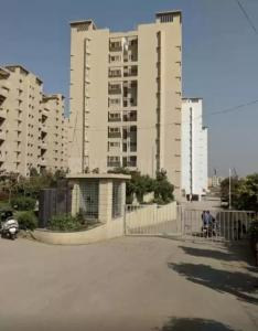Gallery Cover Image of 1000 Sq.ft 2 BHK Apartment for rent in Atria Grande, Mohammed Wadi for 11500