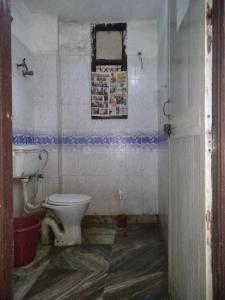Bathroom Image of PG 4036198 Pul Prahlad Pur in Pul Prahlad Pur
