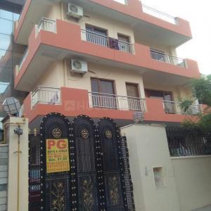 Building Image of Shri Shyam PG in Sector 21