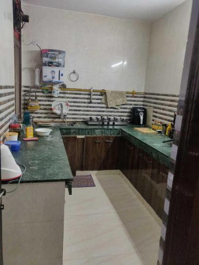 मालवीय नगर में मोहन पीजी में किचन की तस्वीर