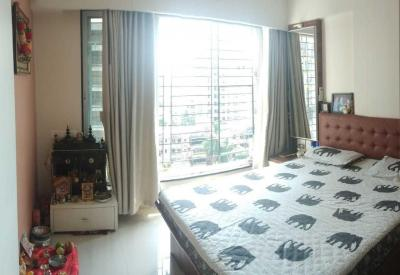 Gallery Cover Image of 900 Sq.ft 2 BHK Apartment for buy in Borivali West for 16500000