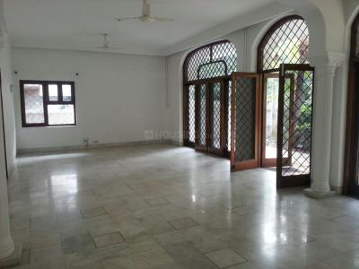 Gallery Cover Image of 5000 Sq.ft 6 BHK Independent House for buy in Safdarjung Enclave for 280000000