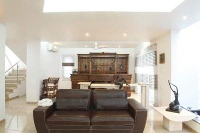 Gallery Cover Image of 15000 Sq.ft 7 BHK Independent House for buy in Jubilee Hills for 460000000