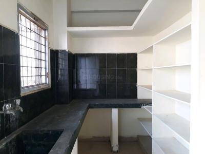 Gallery Cover Image of 1050 Sq.ft 2 BHK Apartment for rent in Kondapur for 25000