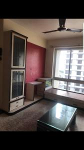 Gallery Cover Image of 640 Sq.ft 2 BHK Apartment for rent in Hiranandani Flora, Hiranandani Estate for 24000