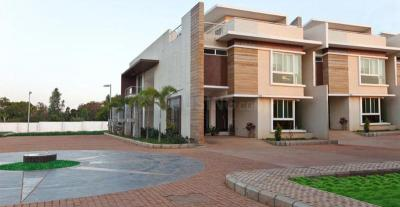 Gallery Cover Image of 3716 Sq.ft 4 BHK Villa for buy in SJR Crystal Cove, Bommasandra for 19900000