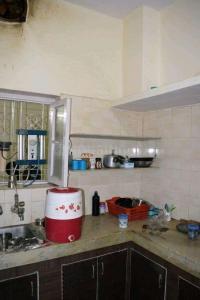Kitchen Image of PG House in Kirti Nagar