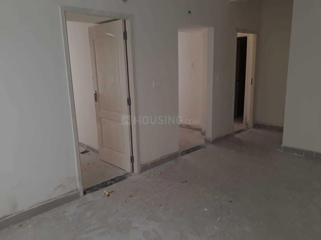 Passage Image of 800 Sq.ft 2 BHK Apartment for rent in Oragadam for 9500