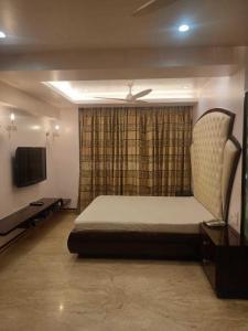Bedroom Image of Snow White in Khar West