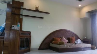 Gallery Cover Image of 1200 Sq.ft 2 BHK Apartment for rent in Seawoods for 50000