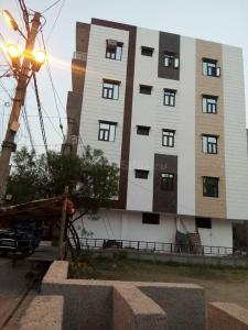 Gallery Cover Image of 1010 Sq.ft 3 BHK Independent Floor for rent in Sector 21 Rohini for 15000