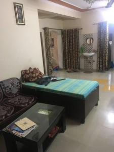 Gallery Cover Image of 1000 Sq.ft 2 BHK Apartment for buy in Utsav Homes Appartment, Raispur Village for 2500000