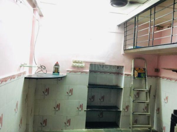 घाटकोपर वेस्ट  में 2400000  खरीदें  के लिए 2400000 Sq.ft 1 RK इंडिपेंडेंट हाउस के हॉल  की तस्वीर