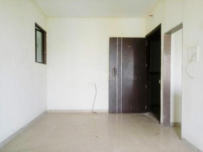 Gallery Cover Image of 699 Sq.ft 2 BHK Apartment for rent in Borivali East for 36000