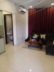 Gallery Cover Image of 520 Sq.ft 1 BHK Apartment for buy in Parel for 11000000