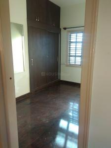 Gallery Cover Image of 800 Sq.ft 2 BHK Independent Floor for rent in Kannuru for 12000