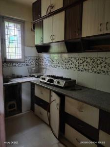 Gallery Cover Image of 1100 Sq.ft 2 BHK Apartment for rent in Napier Town for 17000