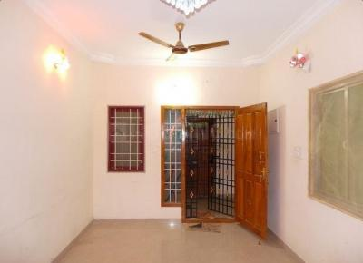 Gallery Cover Image of 940 Sq.ft 2 BHK Apartment for rent in Guduvancheri for 11000