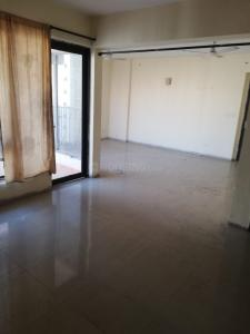 Gallery Cover Image of 1765 Sq.ft 3 BHK Apartment for rent in Logix Blossom County, Sector 137 for 20000